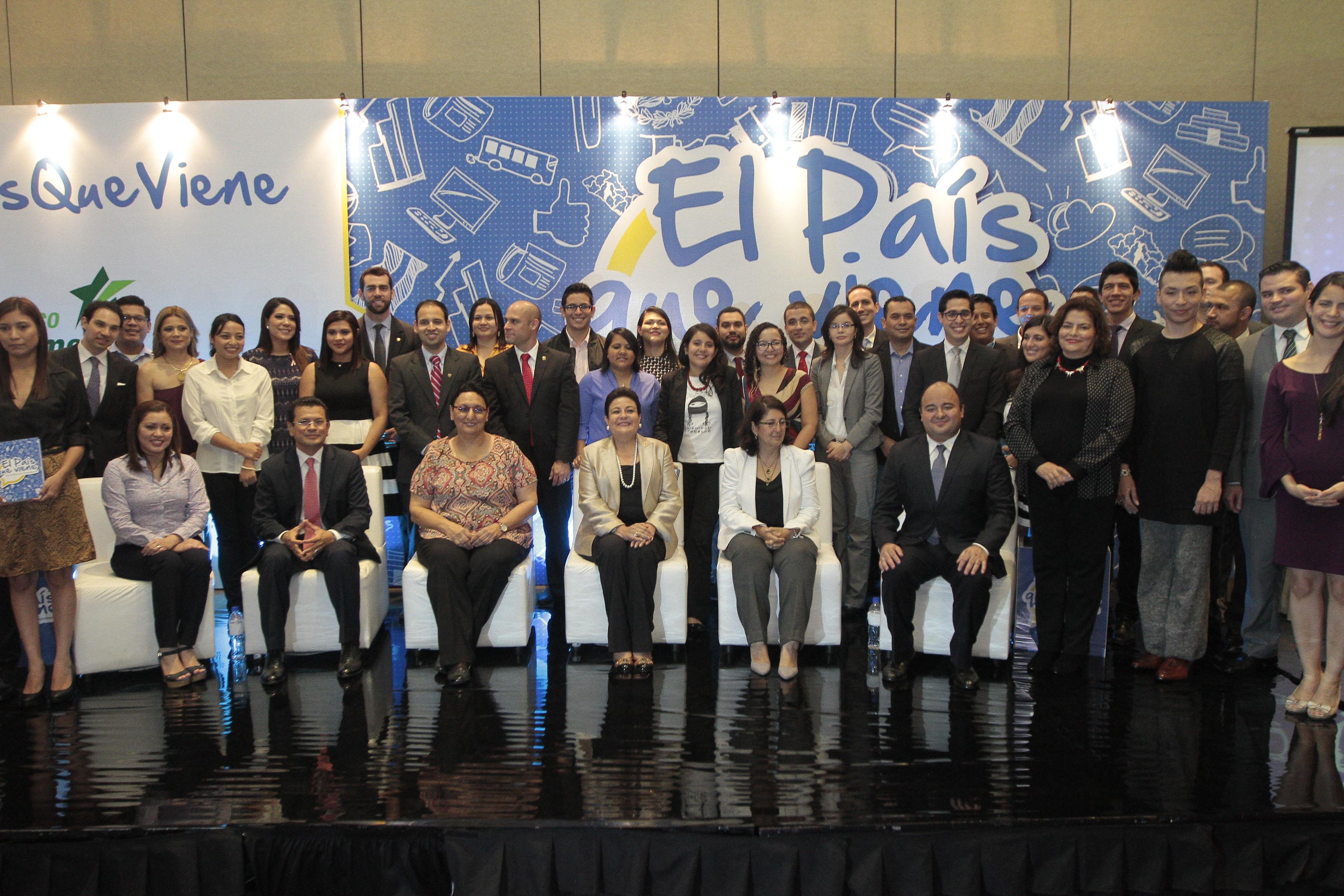 """Lanzamiento libro """"El País Que Viene: Una generación comprometida"""""""